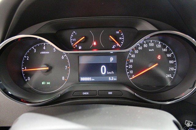 Opel CROSSLAND 9