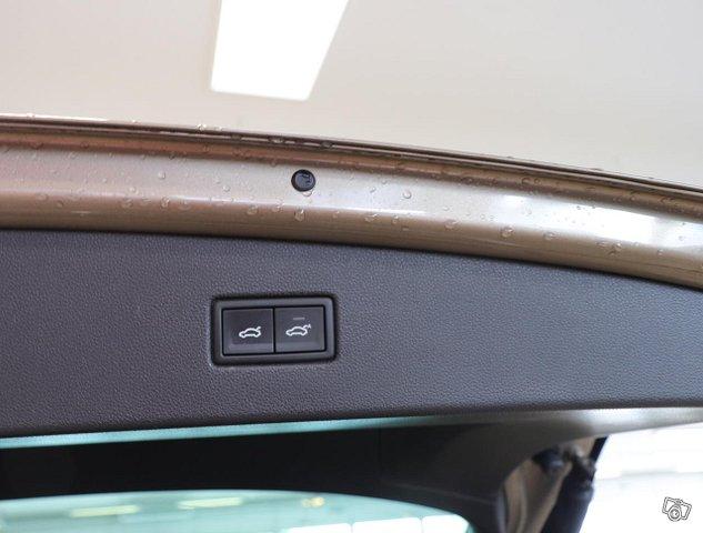 Volkswagen Tiguan 19