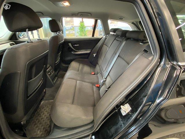 BMW 320d Xdrive 10