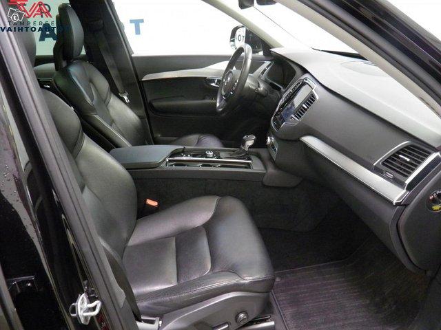 Volvo XC90 10