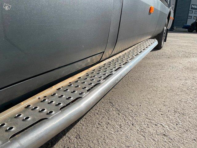 Iveco Daily 35S21 A8 2+4hlö retkeilyauto 6