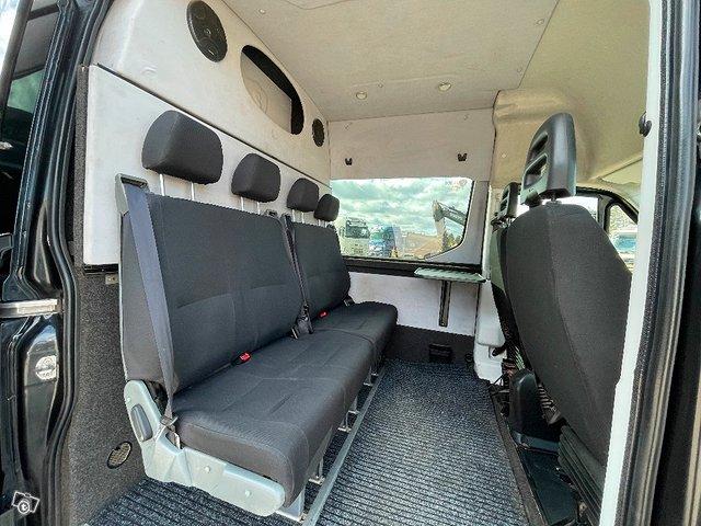 Iveco Daily 35S21 A8 2+4hlö retkeilyauto 13