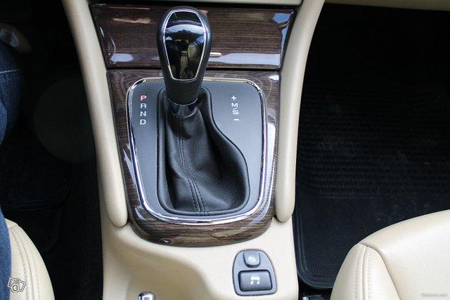 Jaguar X-type 15
