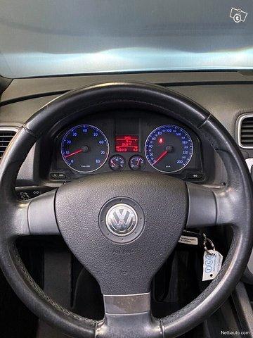Volkswagen Eos 13