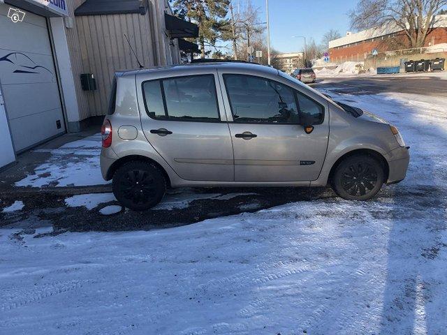 Renault Modus 4