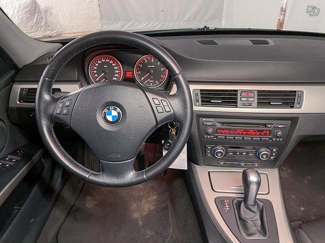 BMW 325 9