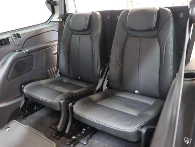 Ford Galaxy 15