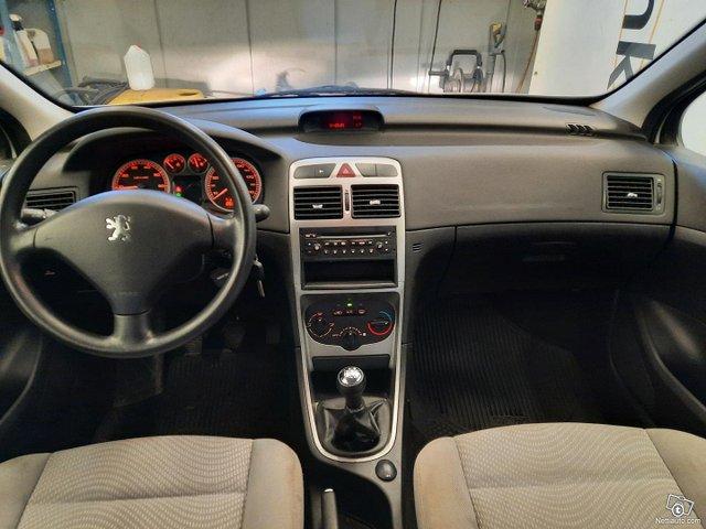 Peugeot 307 8