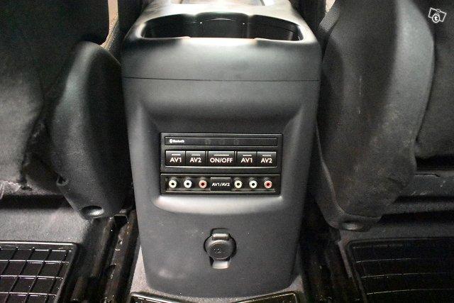 Peugeot 5008 16