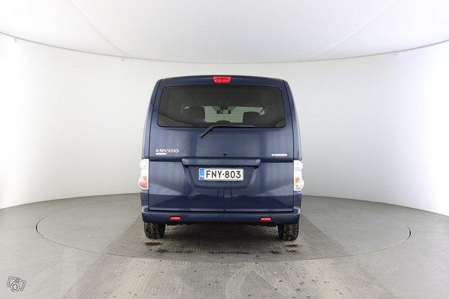 Nissan E-NV200 4