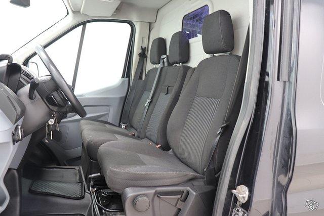 Ford Transit 4