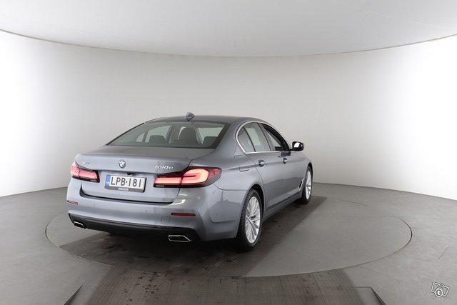 BMW 5-sarja 8