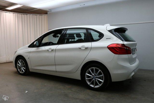 BMW 2-sarja 3