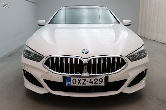 BMW 8-sarja 5