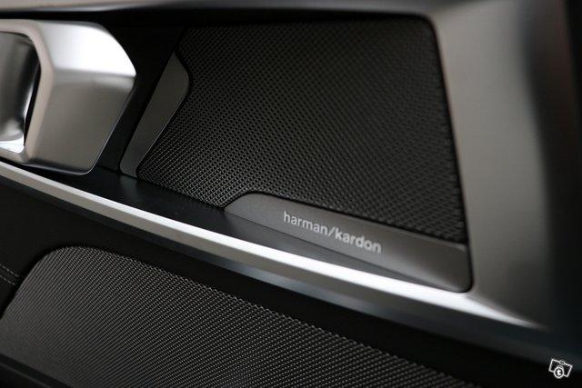 BMW 8-sarja 9