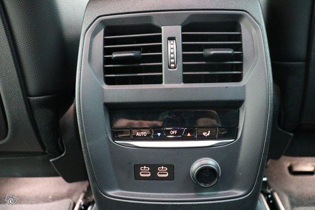 BMW 3-sarja 13