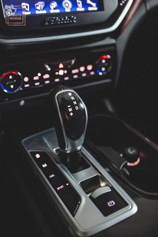 Maserati Ghibli 16