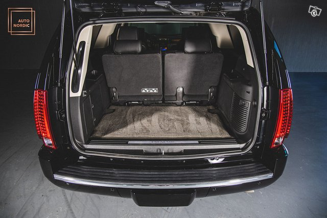 Cadillac Escalade 7