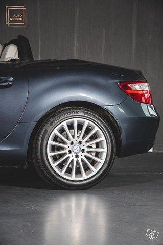 Mercedes-Benz SLK 19
