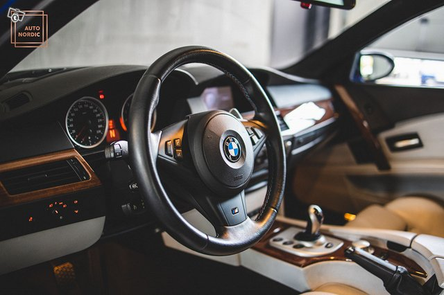 BMW M5 21