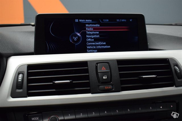 BMW 328 10
