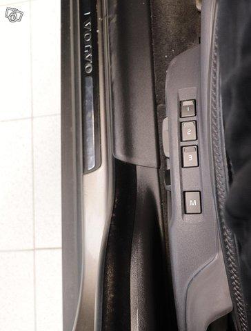 Volvo XC70 7