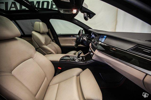BMW M550d 14