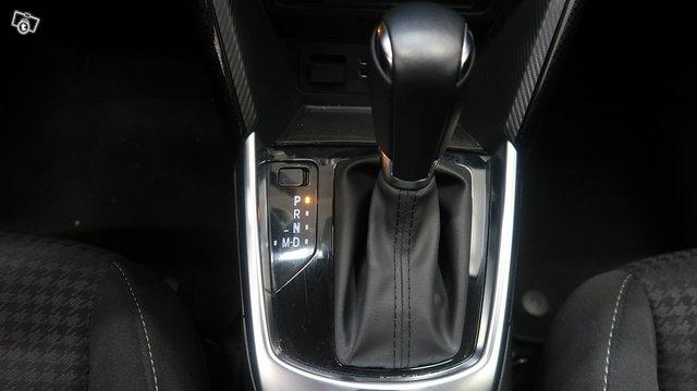 Mazda Mazda2 11