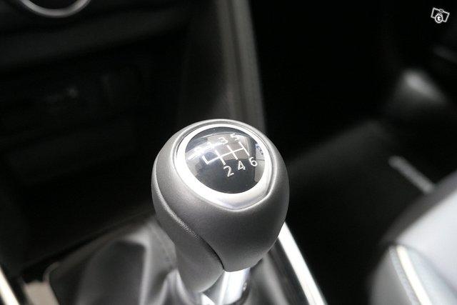 Mazda Mazda2 24