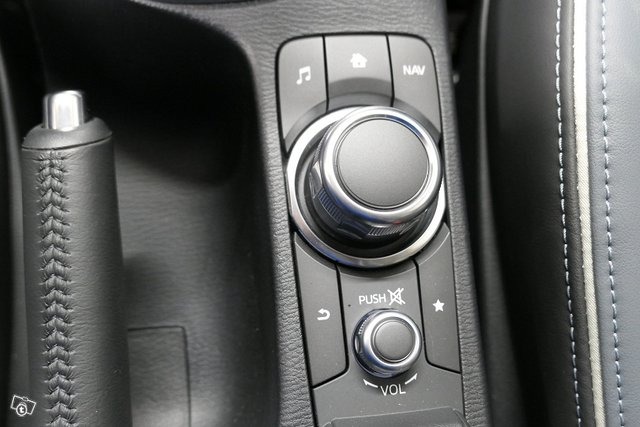 Mazda Mazda2 25