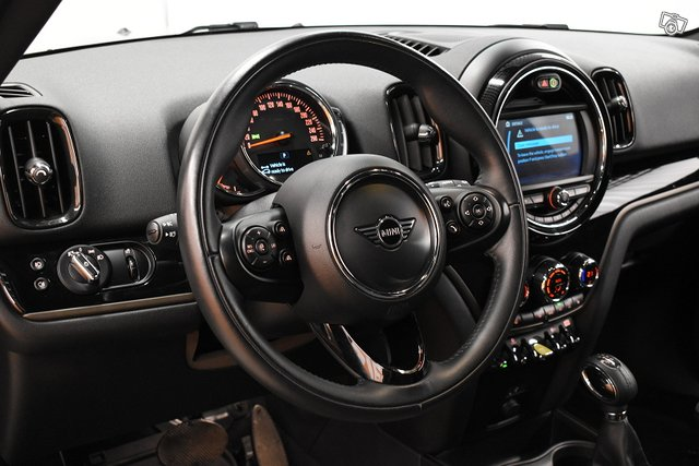 MINI Countryman 12