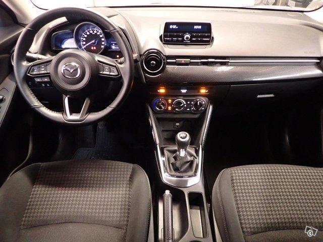 Mazda Mazda2 10