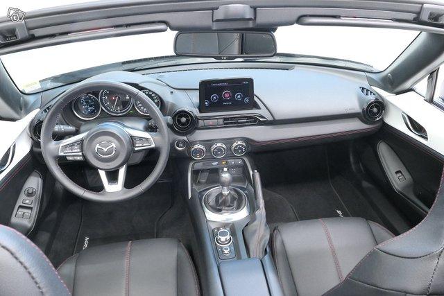 Mazda MX-5 7
