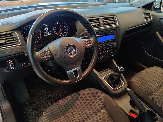 Volkswagen Jetta 10