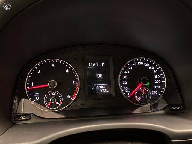 Volkswagen Caddy Maxi 13