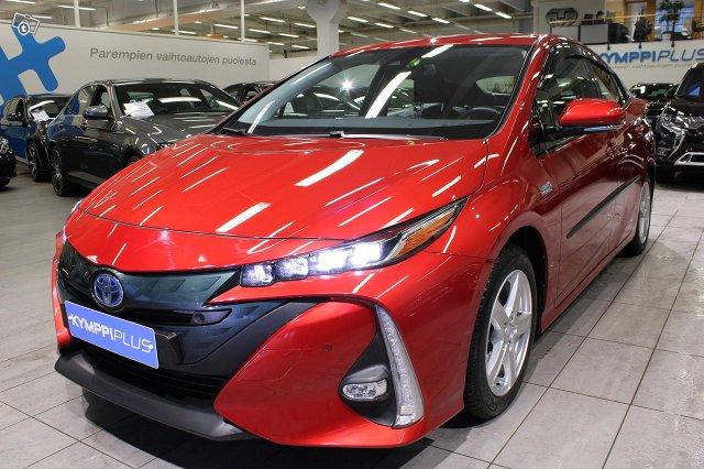 Toyota PHEV 3