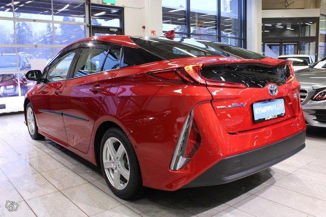 Toyota PHEV 5