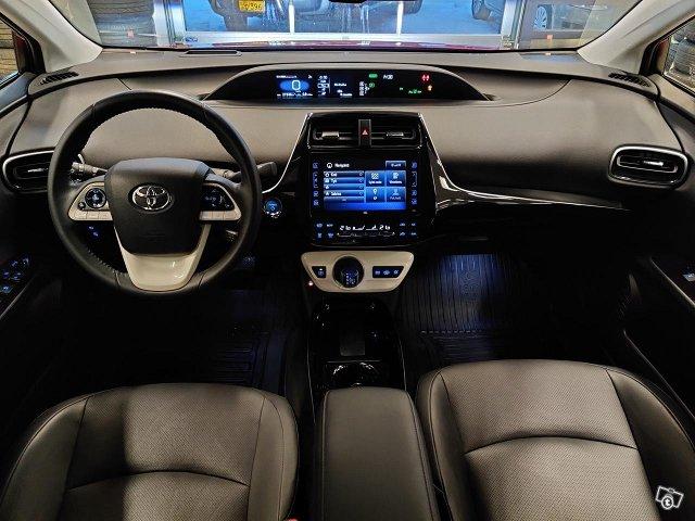 Toyota PHEV 9