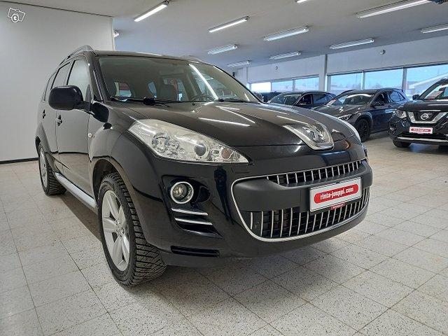 Peugeot 4007 2