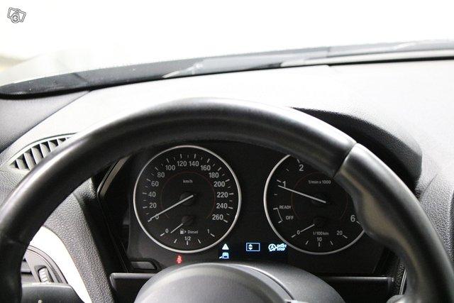 BMW 1-SARJA 11