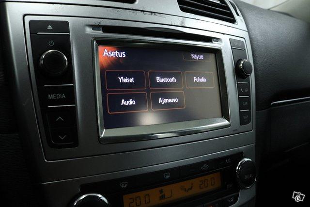 Toyota Avensis 15