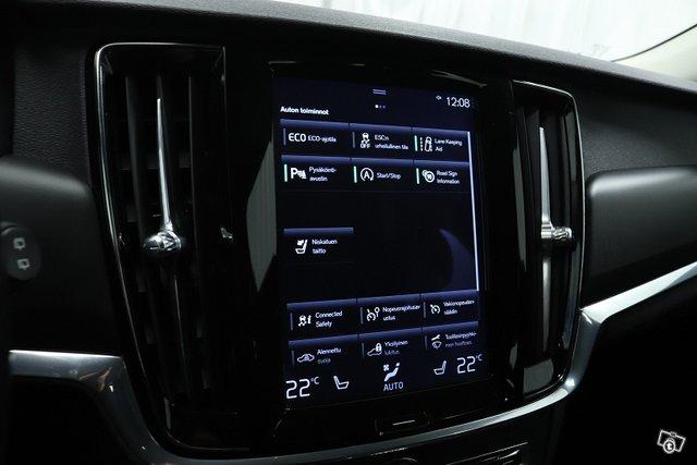Volvo V90 12