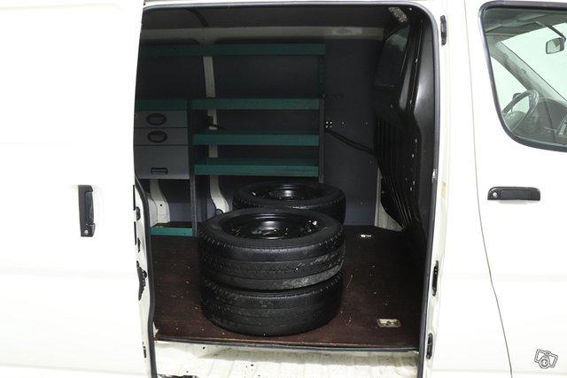 Toyota Hiace 14