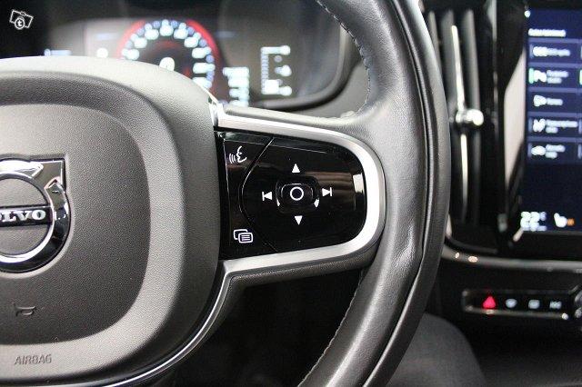 Volvo V90 22