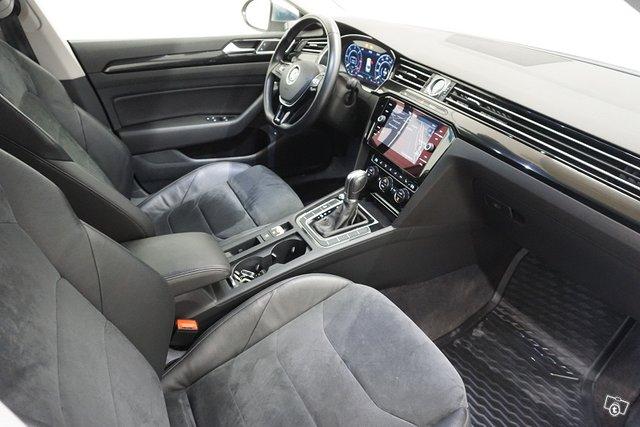 Volkswagen Arteon 11