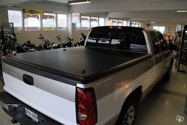 Chevrolet Silverado 1500 8