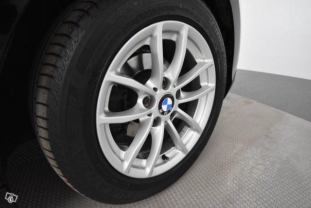 BMW 1-SARJA 17