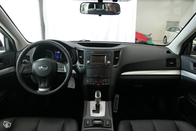 Subaru Outback 13
