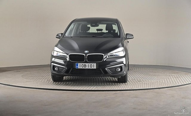 BMW 220 3