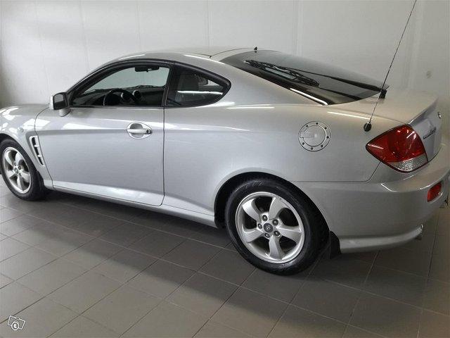 Hyundai Coupe 2